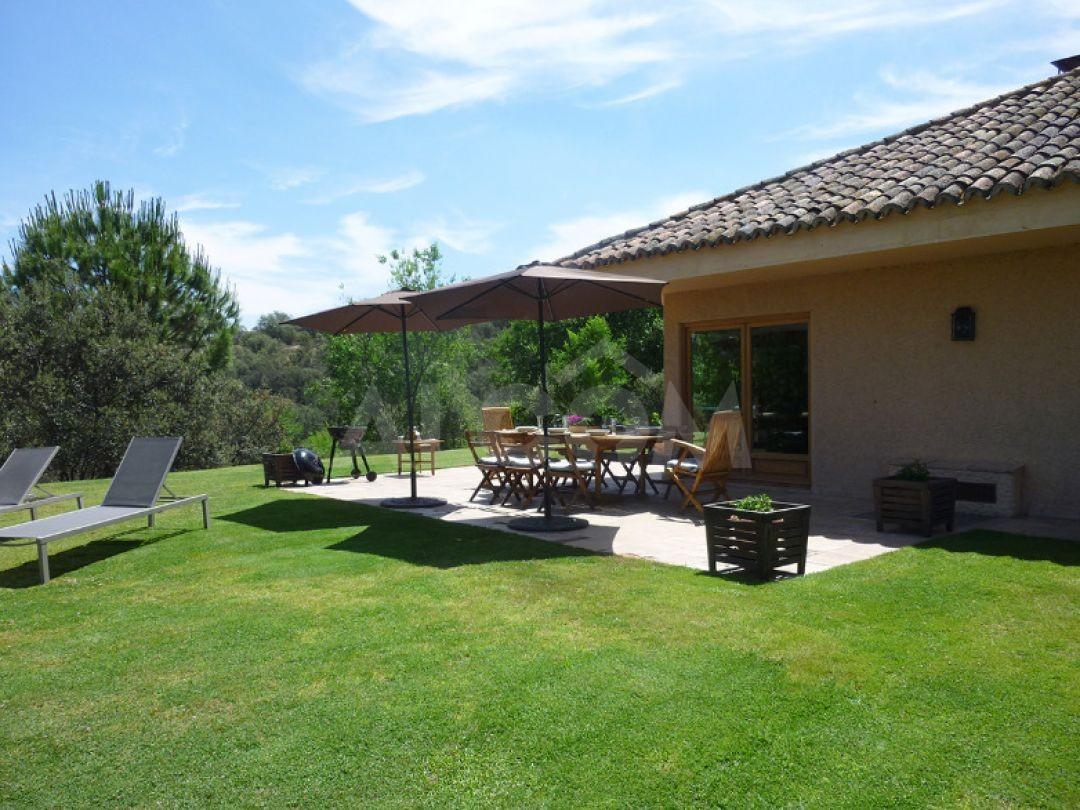Casa chalet en alquiler vacacional en sevilla la nueva for Alquiler vacacional sevilla piscina