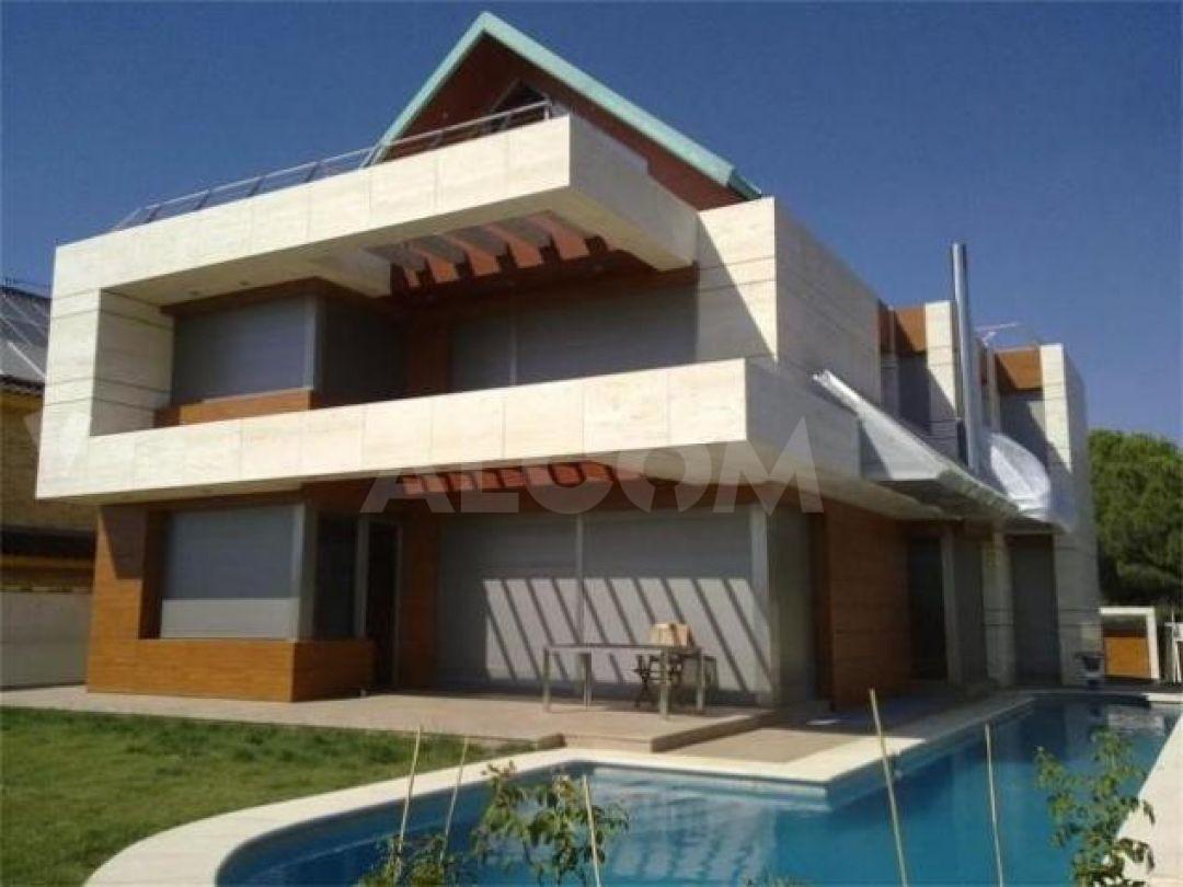 Casa pozuelo de alarcon cool casa en urb somosaguas en pozuelo de alarcn with casa pozuelo de - Casas en pozuelo ...